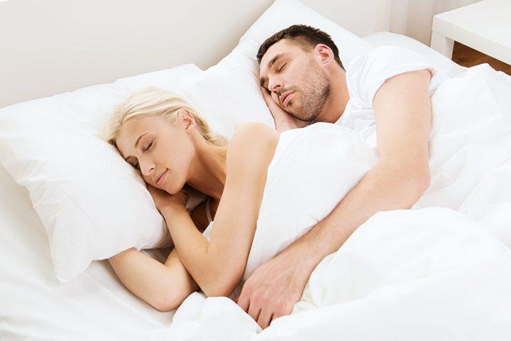 6–8 stundas miega samazina sirds slimību risku