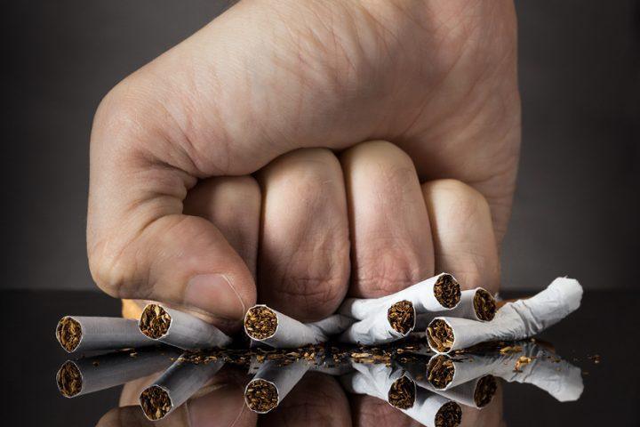 Atmetiet smēķēšanu un dzīvojiet ilgāk!