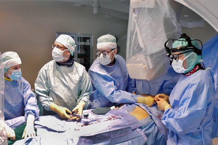 Sirds ķirurģija 24/7 režīmā: intervija ar Pēteri Stradiņu